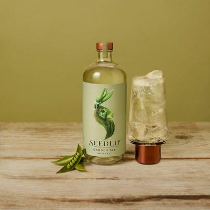 S9 PDP Garden Bottle 392 R1 (1)